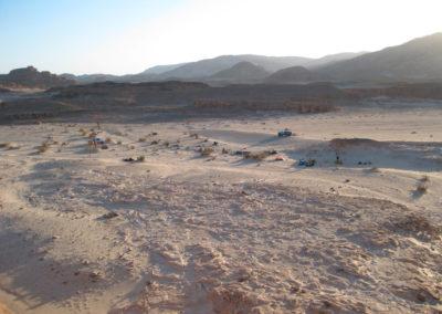 Lager in weiter Landschaft - Nachtlager in Ghlim